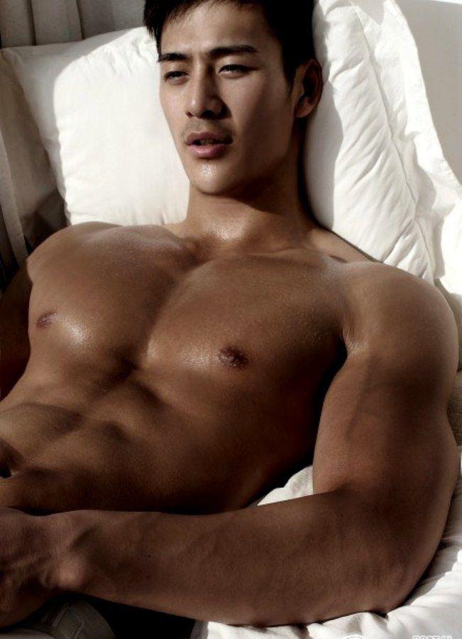 Men sexy naked asian Asian Gay
