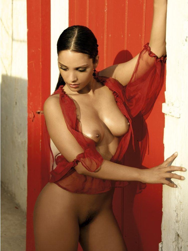 Anushka hot bikini photos
