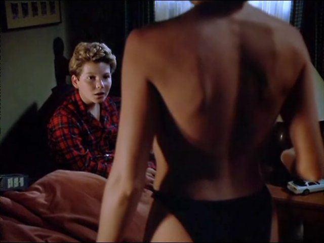 Trio men in sex to girl