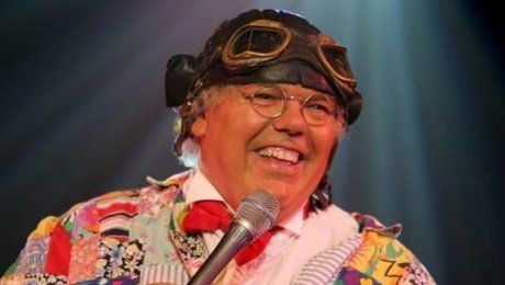 Crunchie reccomend Roy chubby brown xmas