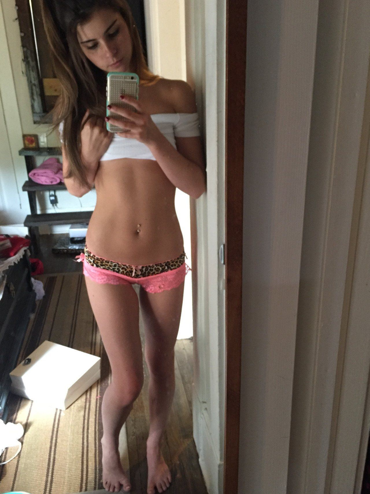 Sexy nude girls and boy shorts