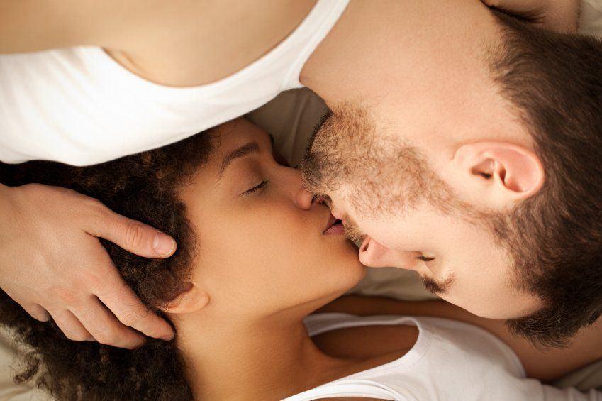 Woman womb kissings sex