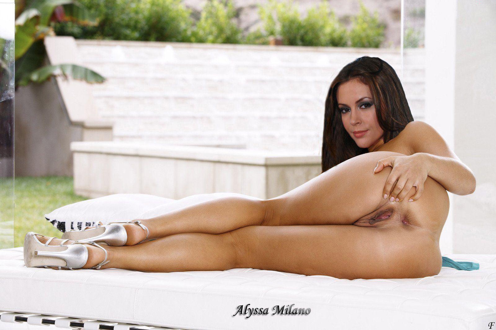 Alyssa milano nude comic