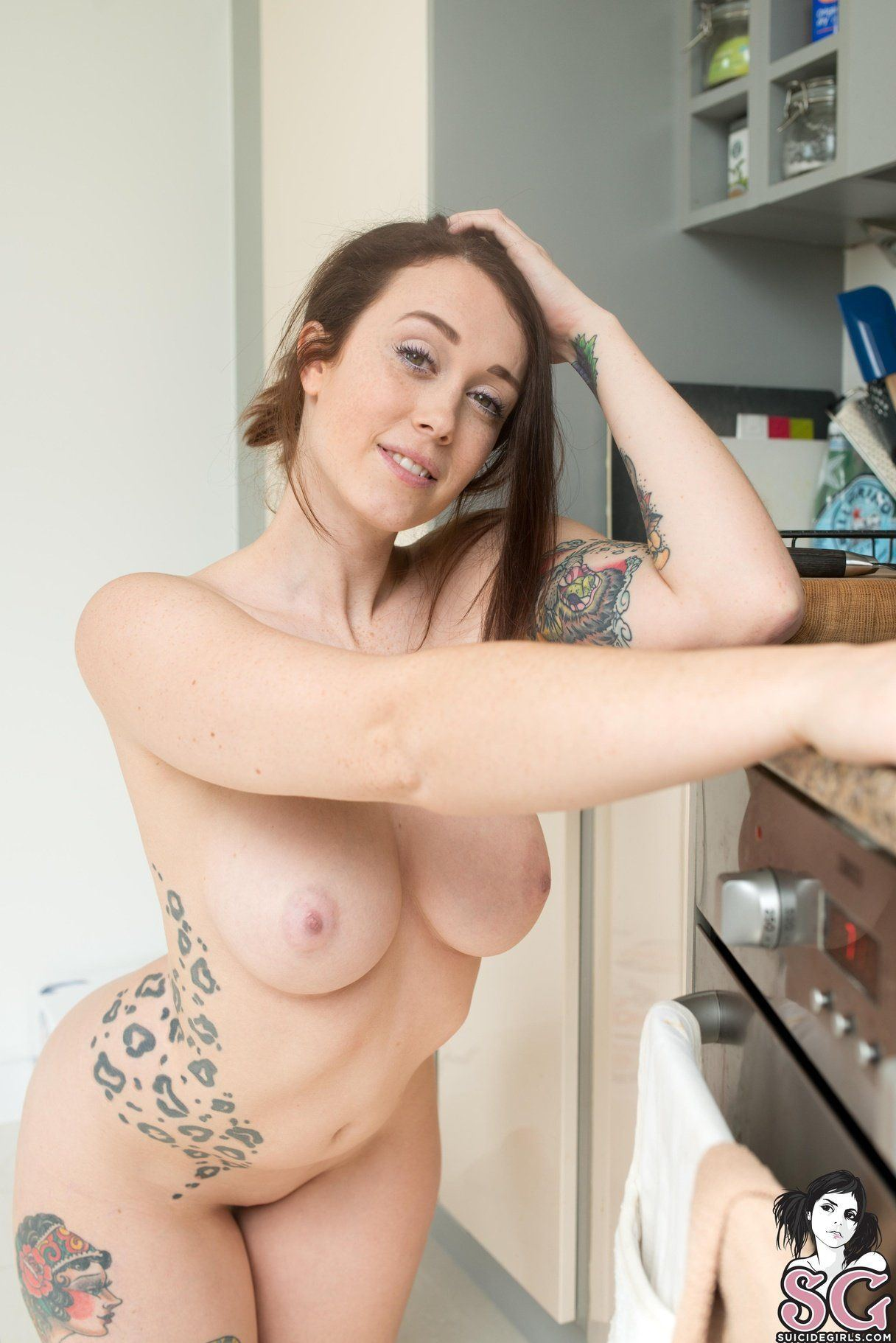 Nackt suicide girls hot The Six