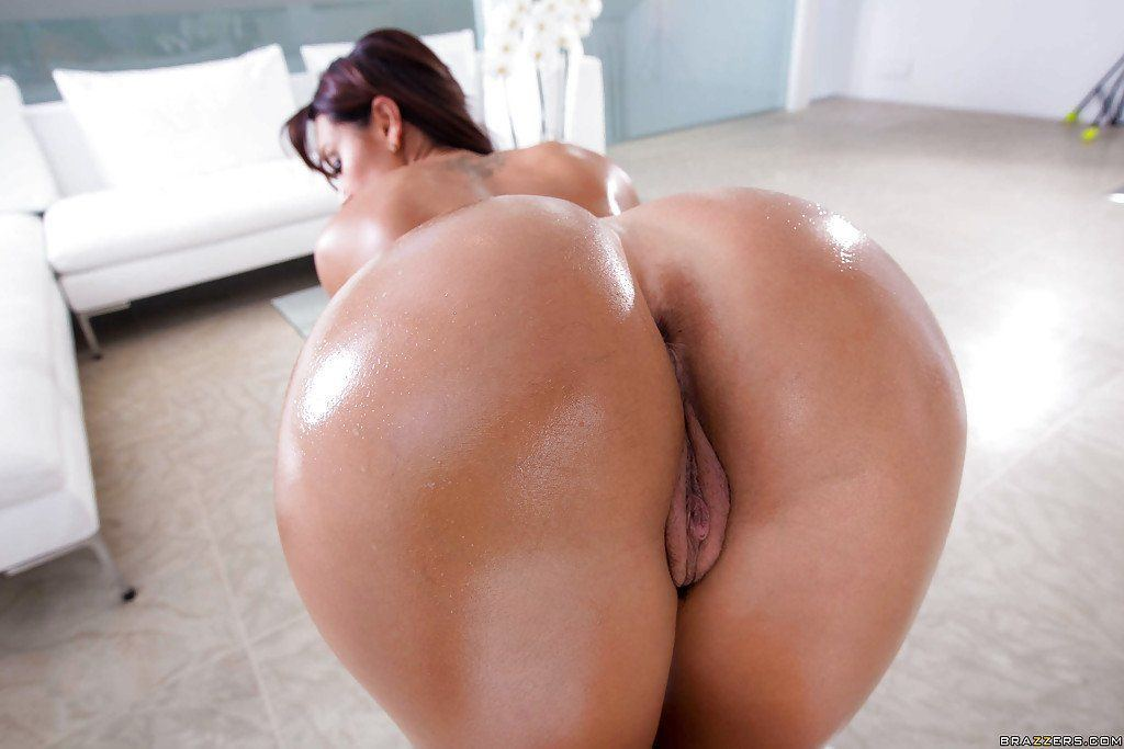 Big booty oiled latina naked and fuck