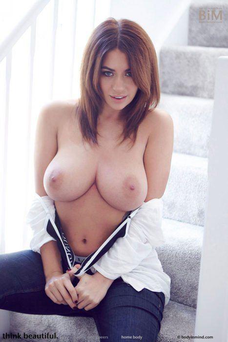 Vieille femme mature nu