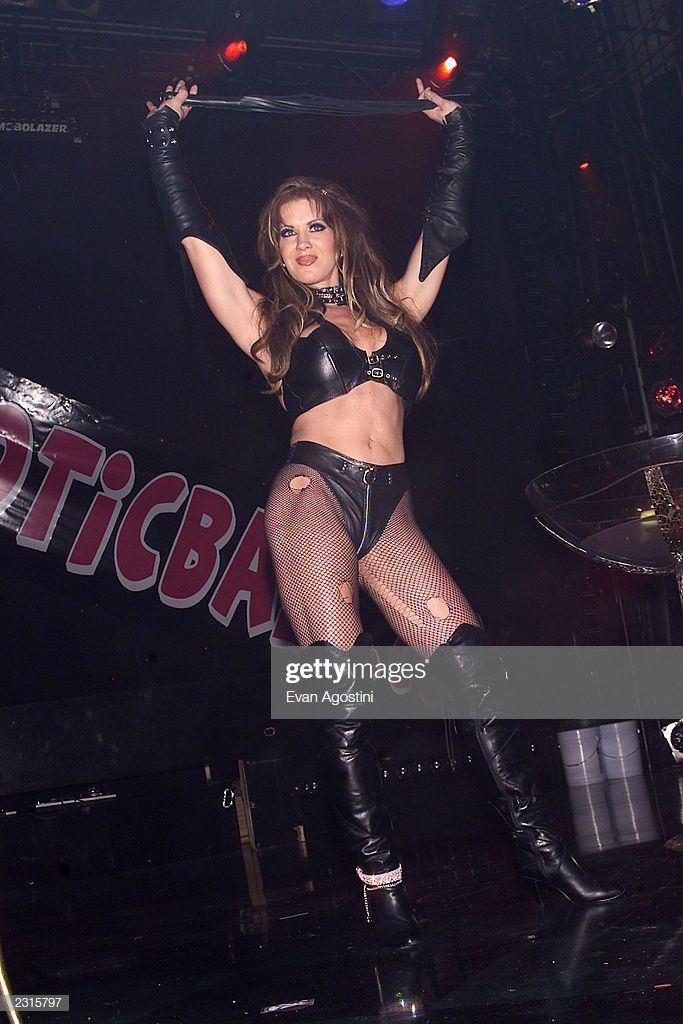 Indonesian transvestite show