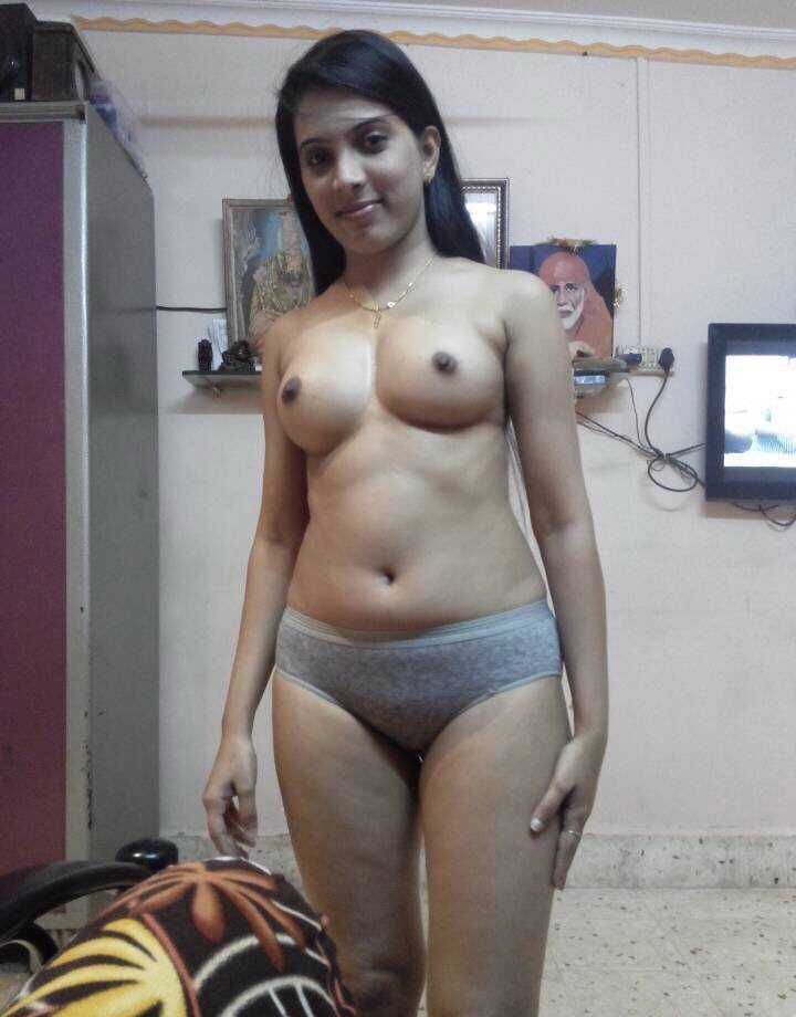 Anales indian collage girls