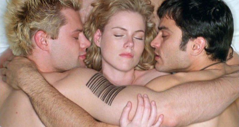 Bisexual guy wants threesome