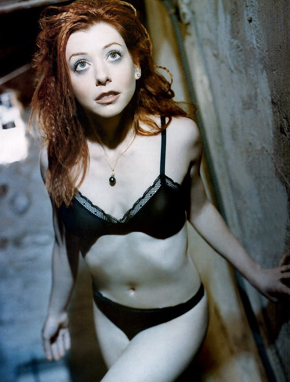 Rolly P. reccomend Alyson hannigan erotic