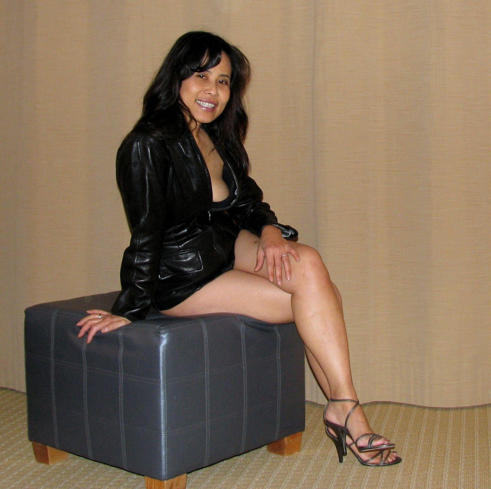 sexy mature thai