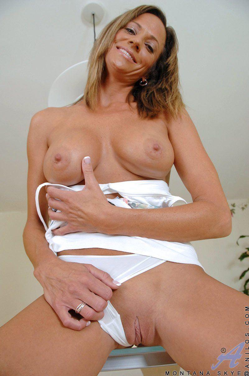 Sheena williams hustler, hot sexy bikini girl