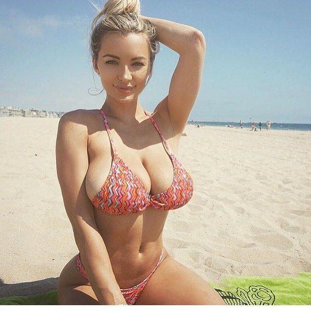 Nude women with big vaginas