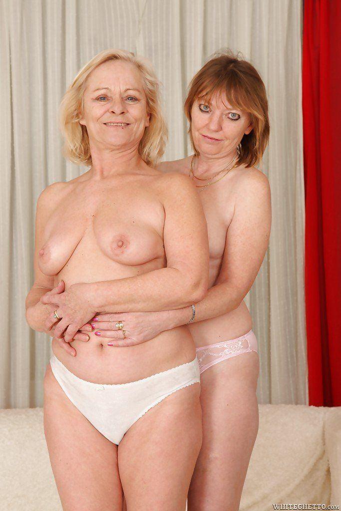 Boomer reccomend Chubby lesbian grannies