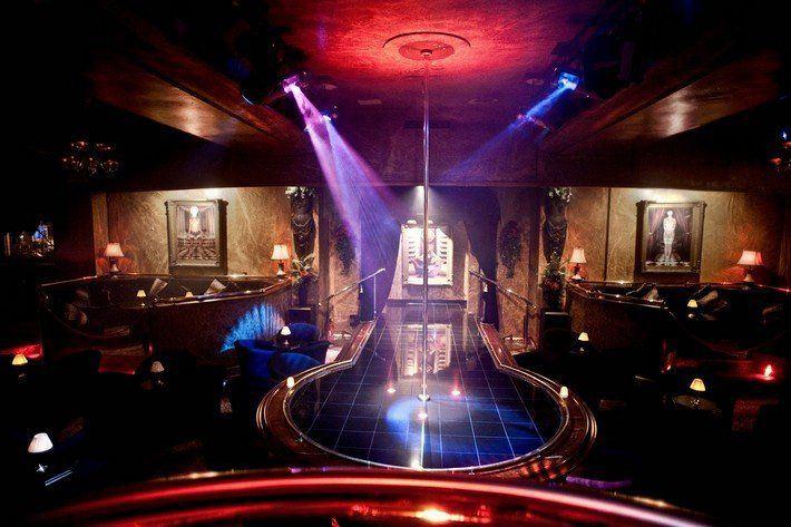 Club in mass strip