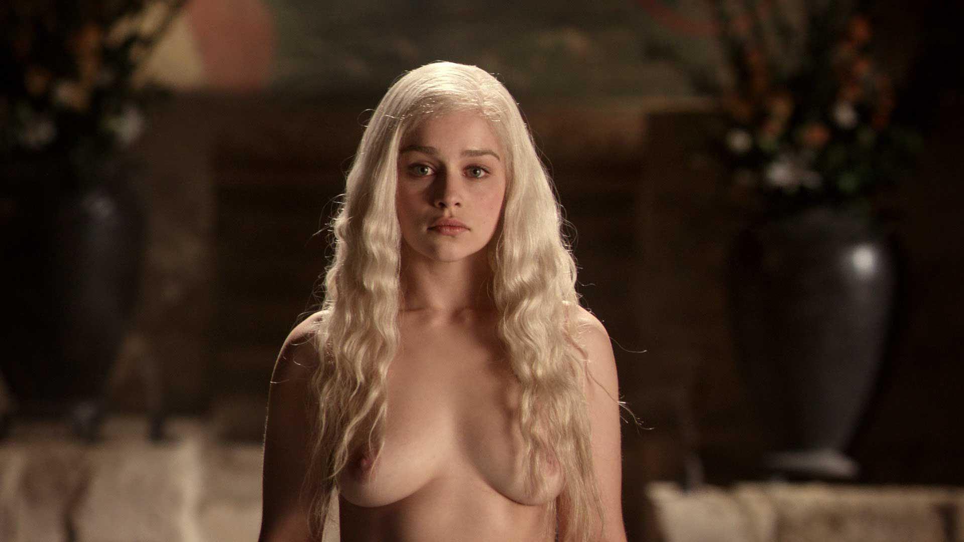 Daenerys nude pics