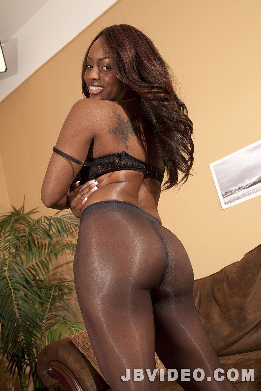 Will Jada fire full nude speaking, would