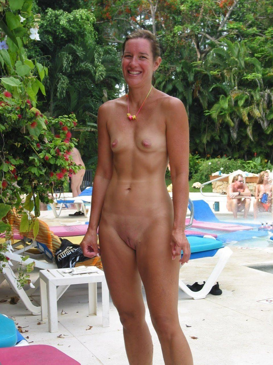 Flat chested nude older women photos porn tube