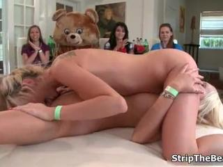 Amateur porn passed out