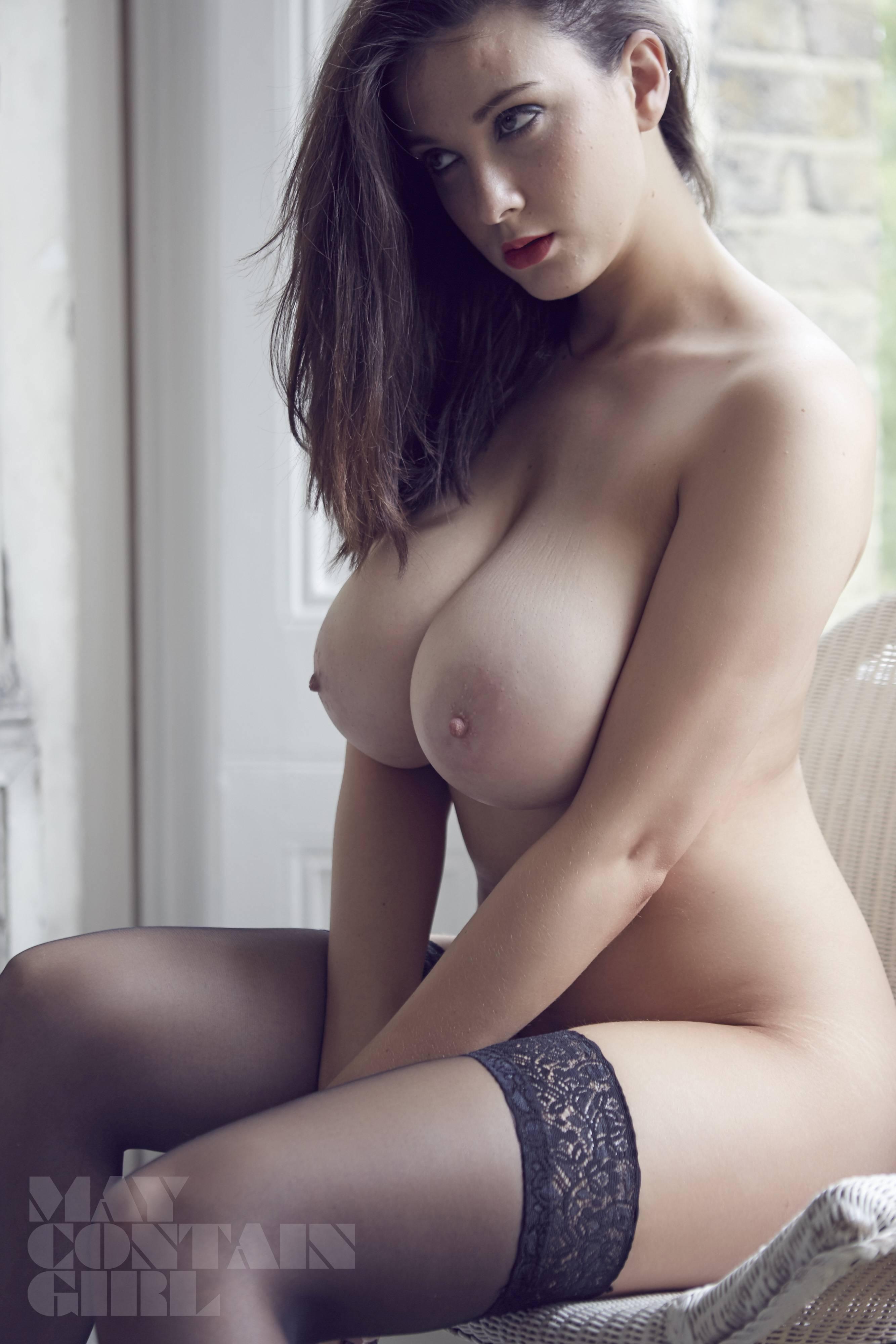 Nude women on sports cars