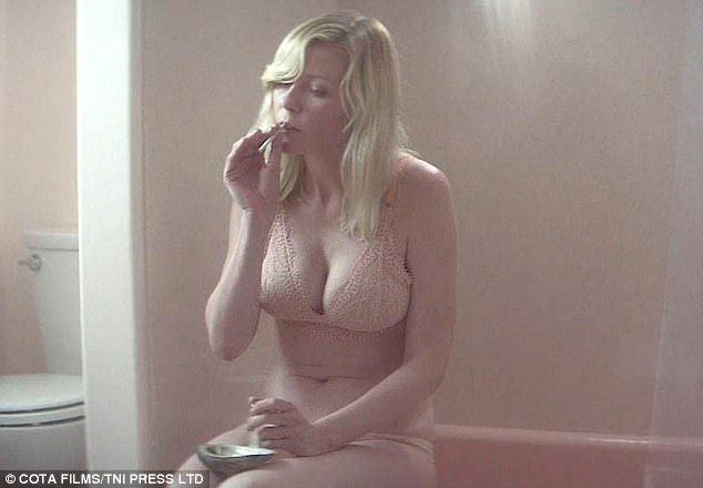 Kirsten dunst butt naked pics nude photos