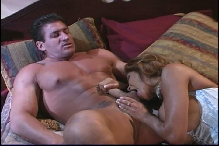 Muscular guy and girl sex