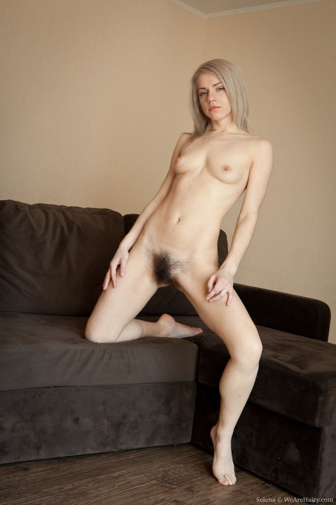 Radar Recommendet Girl Haired Naked Blonde